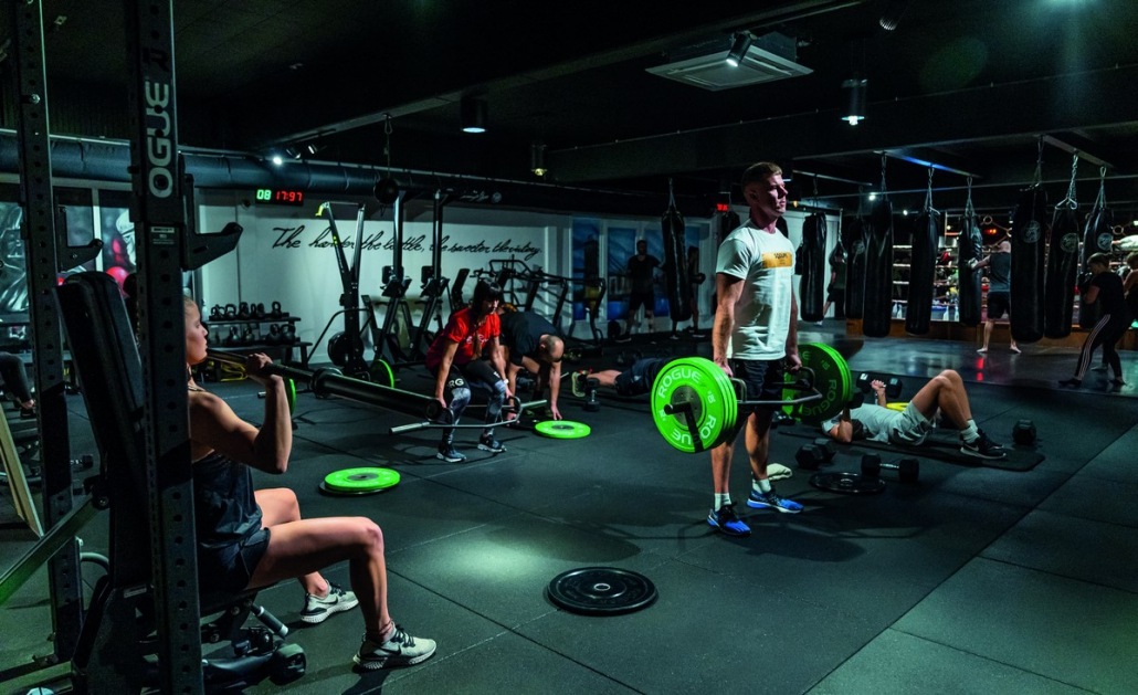 Lifestyle-Vlaanderen-Broolyn-Gym-Schulen.jpg
